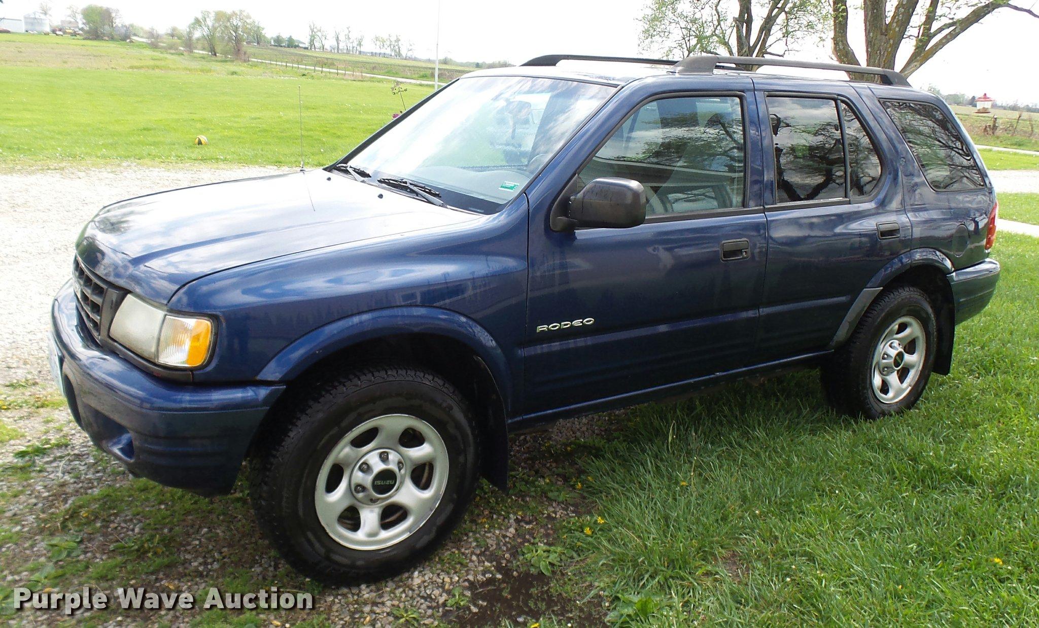 2004 isuzu rodeo suv item ca9003 sold may 10 vehicles a