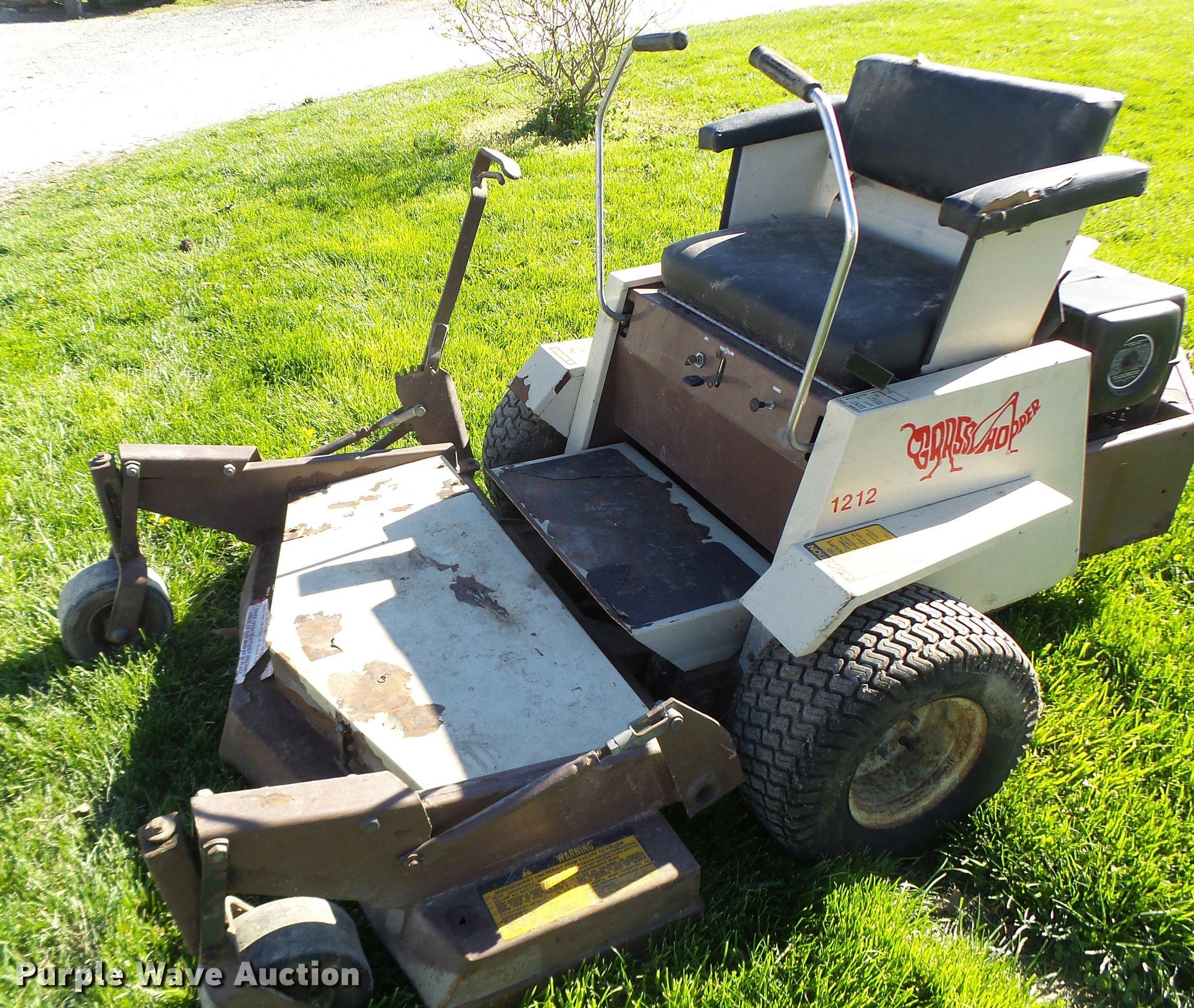 Grasshopper 1212 lawn mower | Item DA3454 | SOLD! May 10 Veh