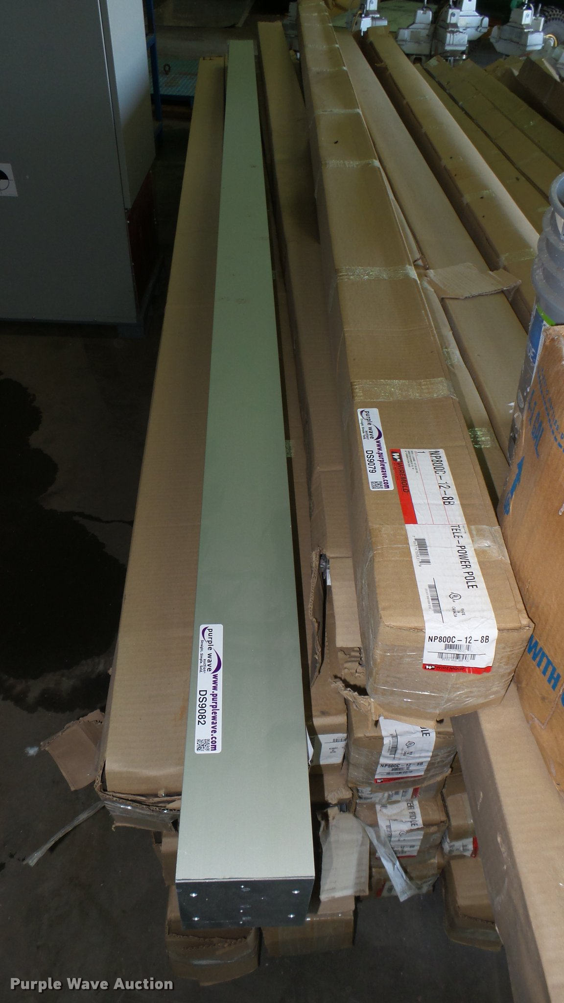 5) Wiremold drop poles | Item DS9079 | SOLD! May 10 Vehicle