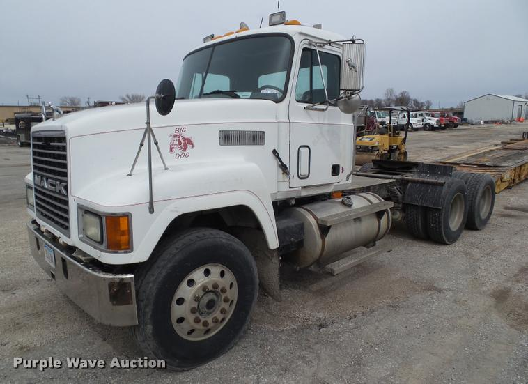 Construction Equipment Auction in Mineral Point, Missouri by