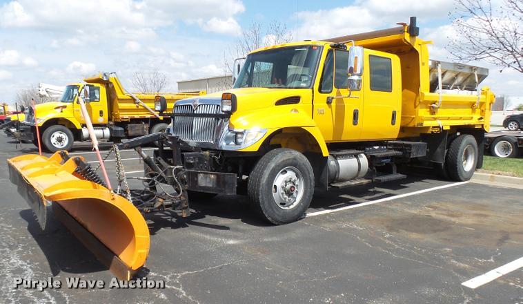 2004 international 7400 crew cab dump truck item cc9149 rh purplewave com International Truck 7400 Wiring Reverse Warning 05 International 7400 Wiring Diagrams