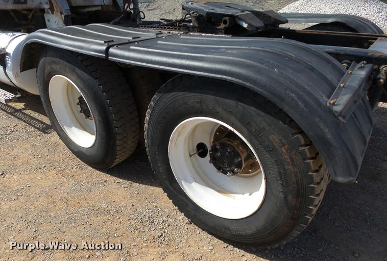 semi truck fenders 2001 mack ch613 semi truck item db4709 sold may 18 truc