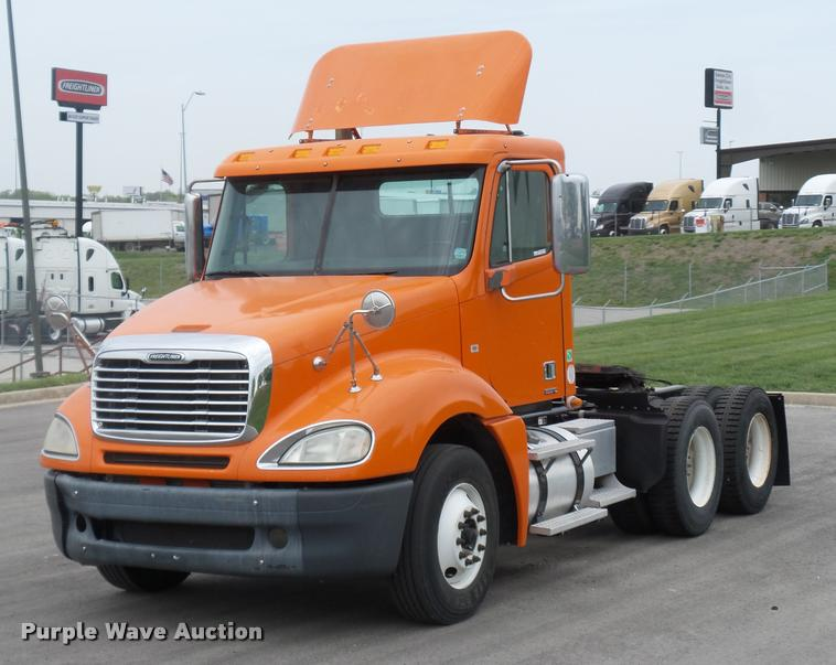 2009 Freightliner Columbia For Sale (12726151) From Purple