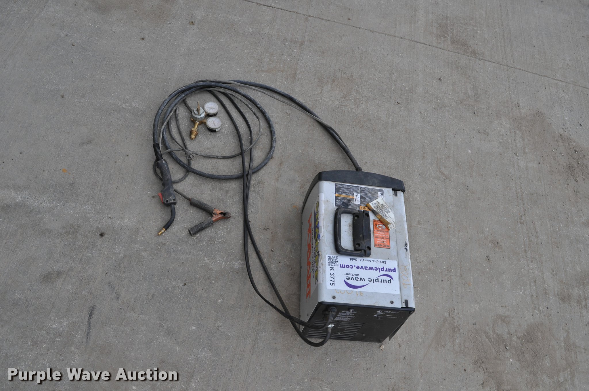 Hobart Handler 140 wire feed welder | Item K3775 | SOLD! May