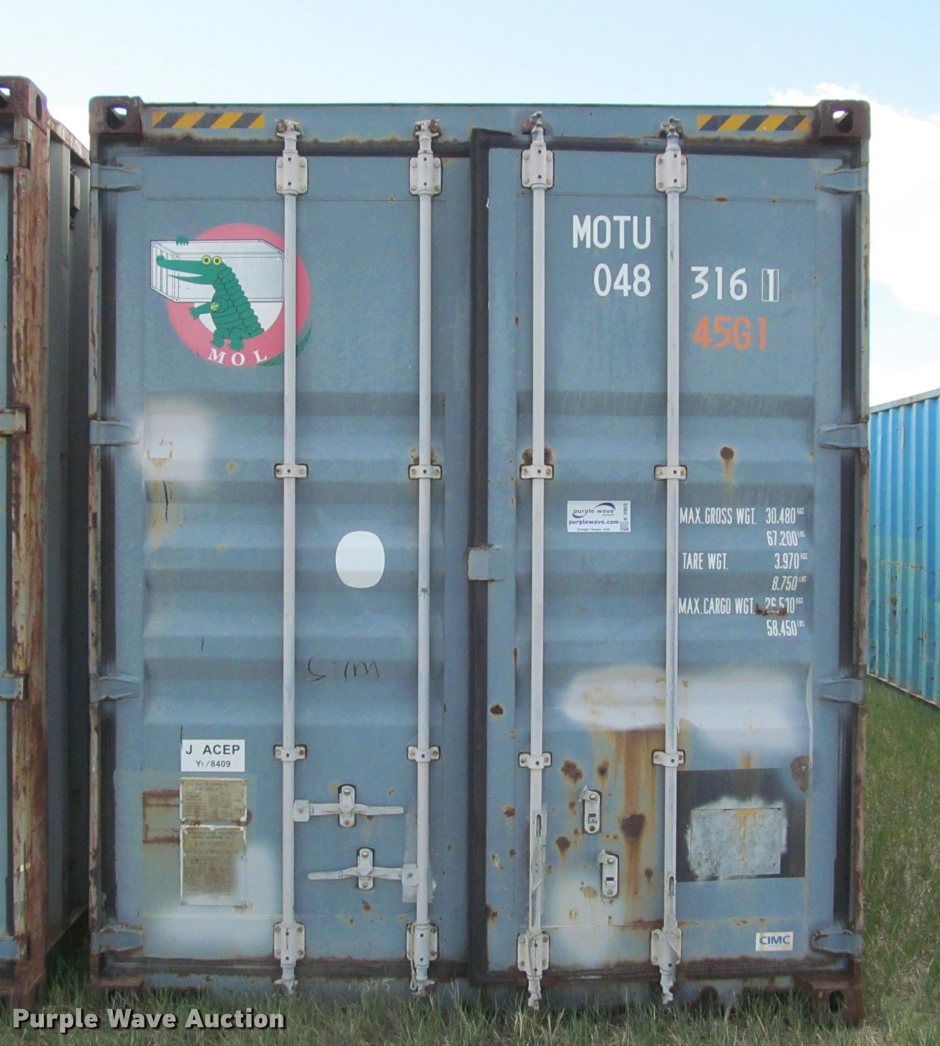 2004 shipping container | Item K3903 | SOLD! May 23 Sharpe R