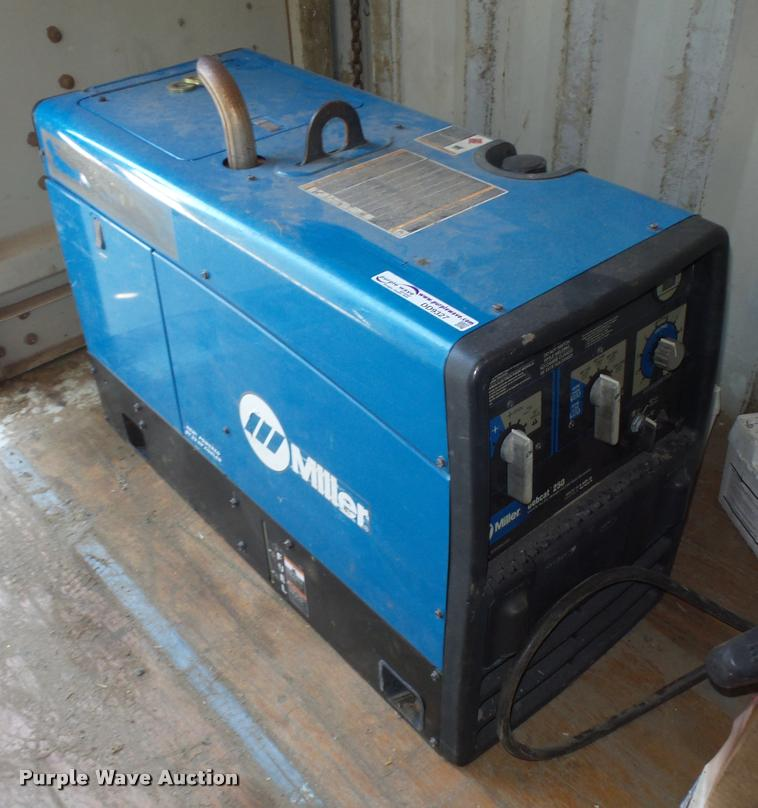 Used Welders For Sale >> Miller Bobcat 250 Welder Generator Item Dd9327 Sold May
