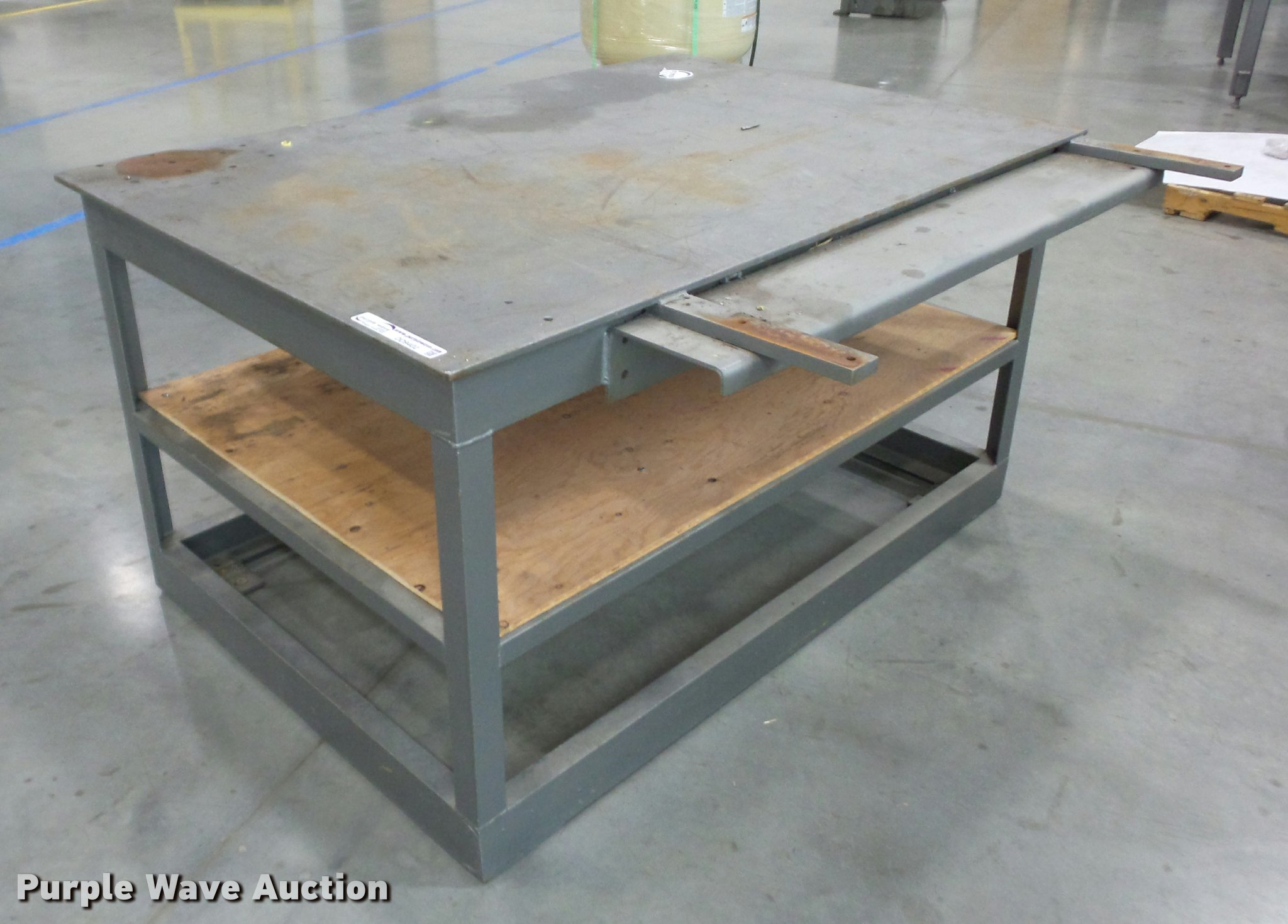 Welding Table For Sale >> Welding Table Item Dd9402 Sold May 24 Vehicles And Equi