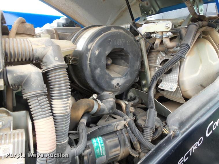 2014 New Holland T5 115 Electro Command MFWD tractor   Item