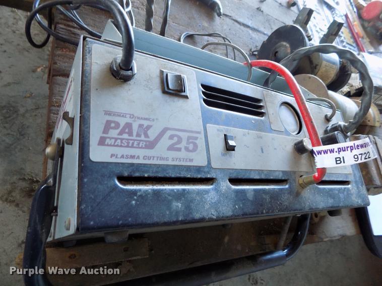 Thermal Dynamics Pak 25 Plasma Cutting System Item BI9722