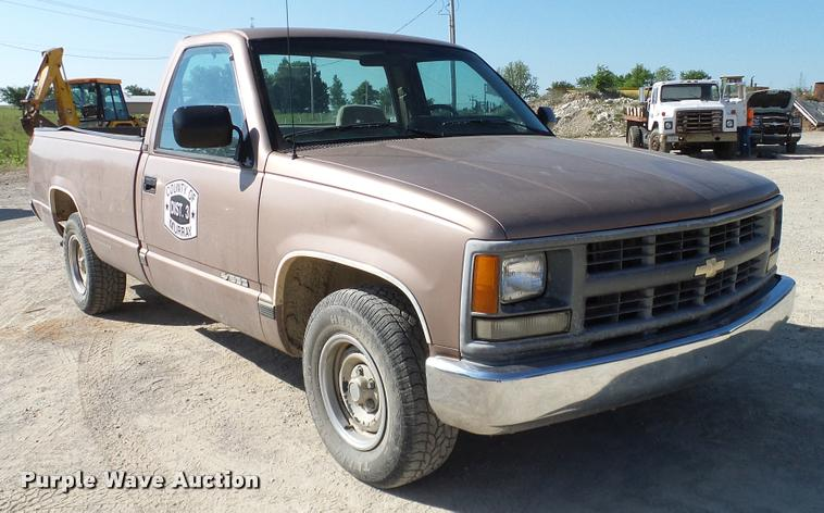 1994 Chevrolet Cheyenne 1500 Pickup Truck Item Da6154 So