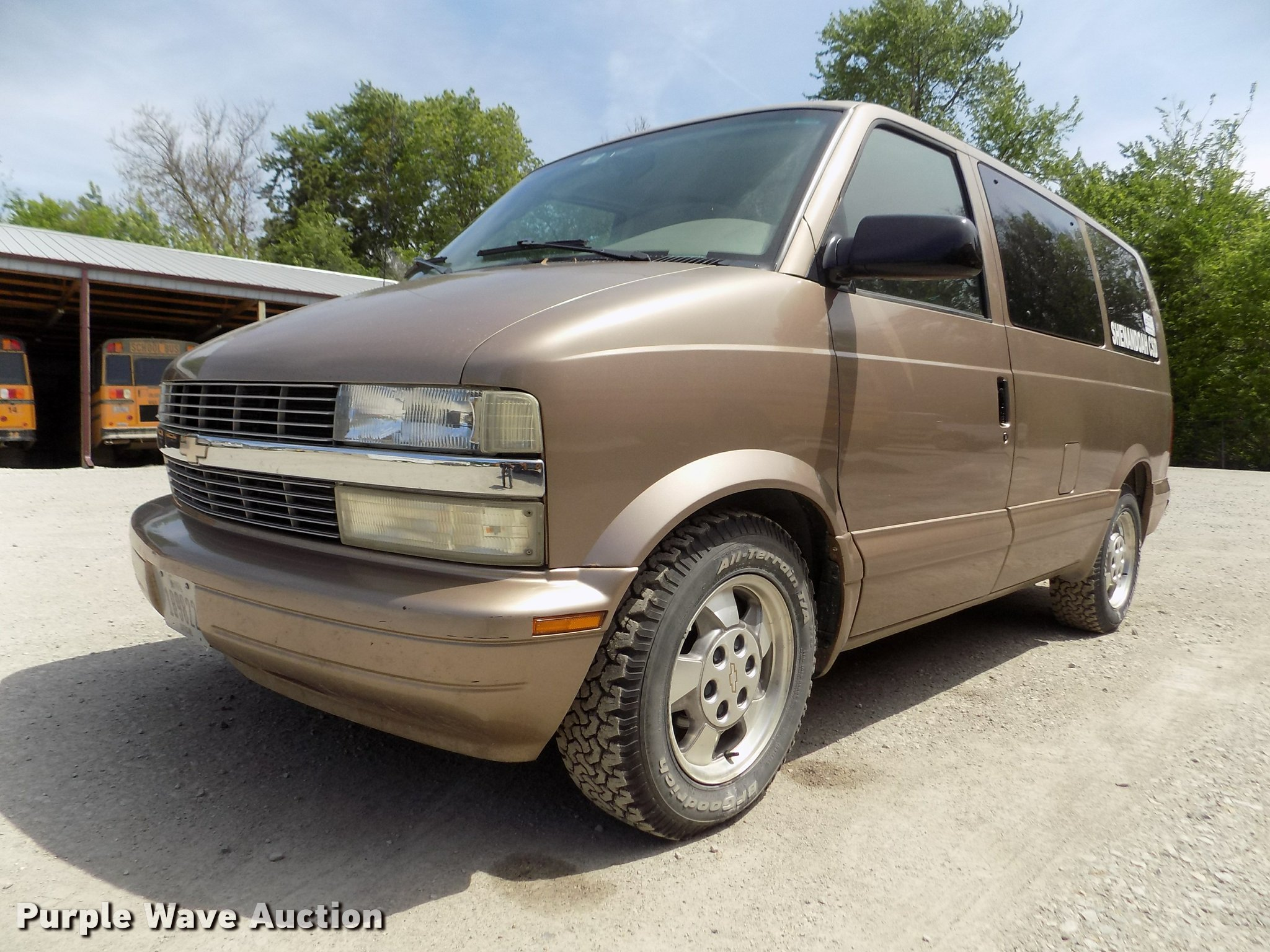 DA0700 Take A Look About 2003 Chevy astro with Captivating Photos Cars Review