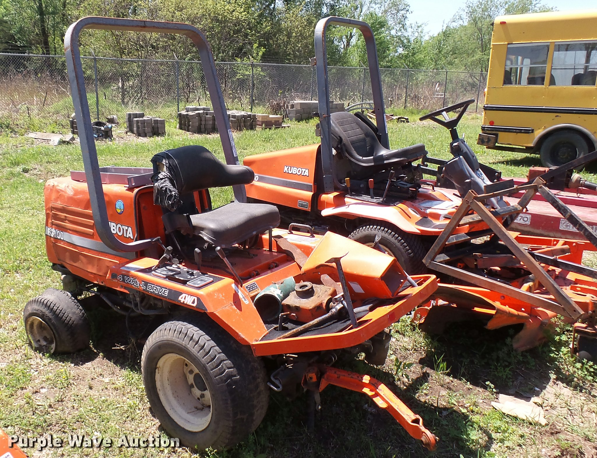 Kubota F2100 zero turn mower | Item DM9017 | SOLD! June 6 Go