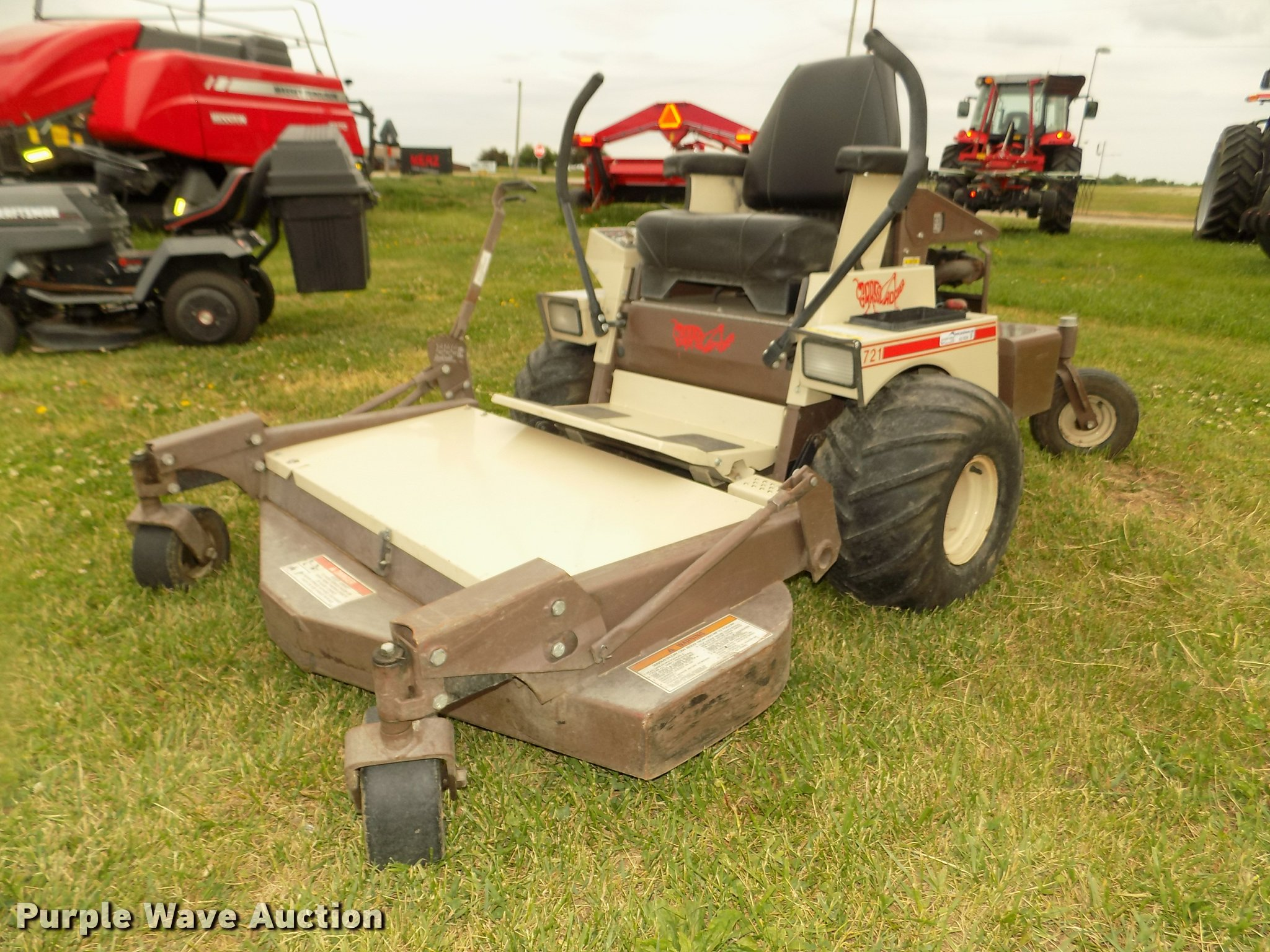 Grasshopper 721 ZTR lawn mower | Item AU9534 | SOLD! June 7 ...