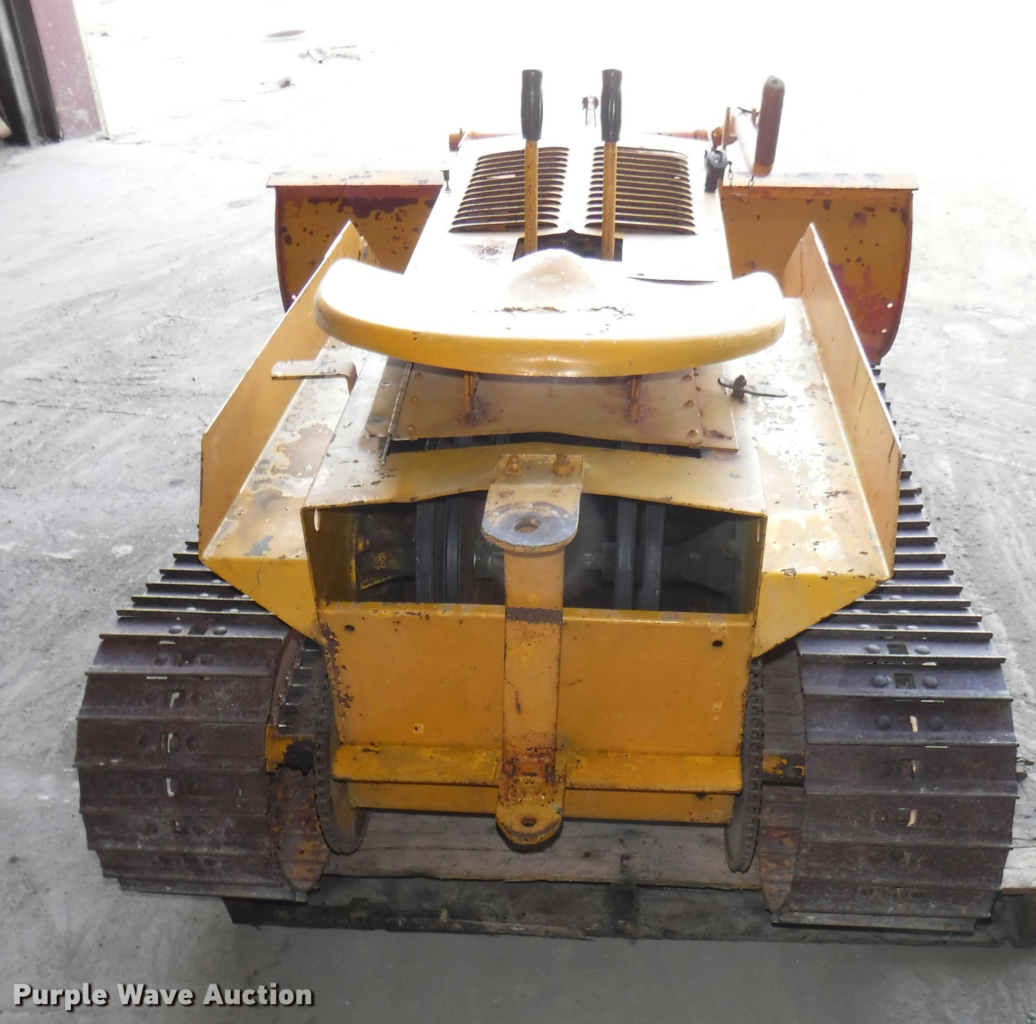 1965 Strut Magnatrac mini dozer | Item DJ9089 | SOLD! June 7