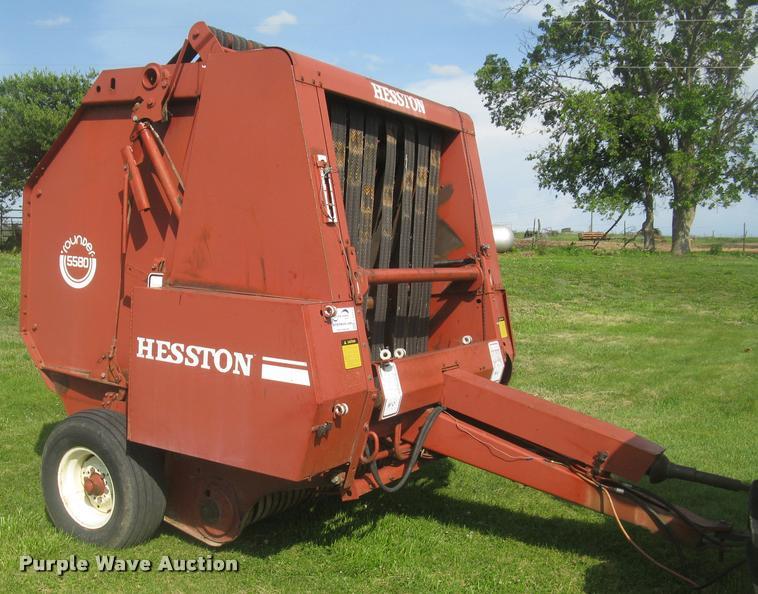 Hesston Round Baler 5580