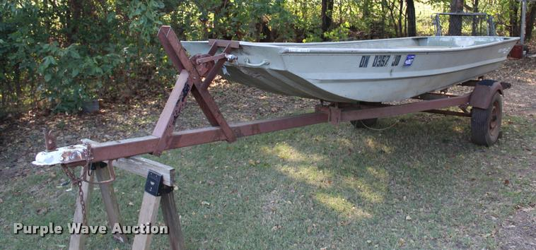 1988 Monarch Flat Bottom Boat Item Aq9579 6 20 2017