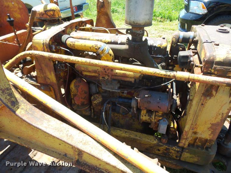 International TD6 dozer | Item BS9432 | SOLD! June 21 Vehicl