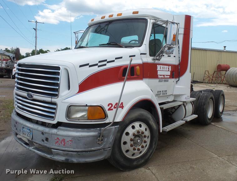 1998 ford at9513 aeromax 113 semi truck