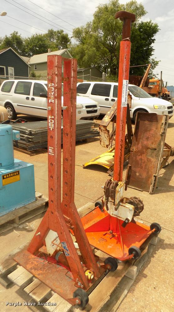 2 Auto Body Repair Tools Item Da0726 Sold July 5 Vehi