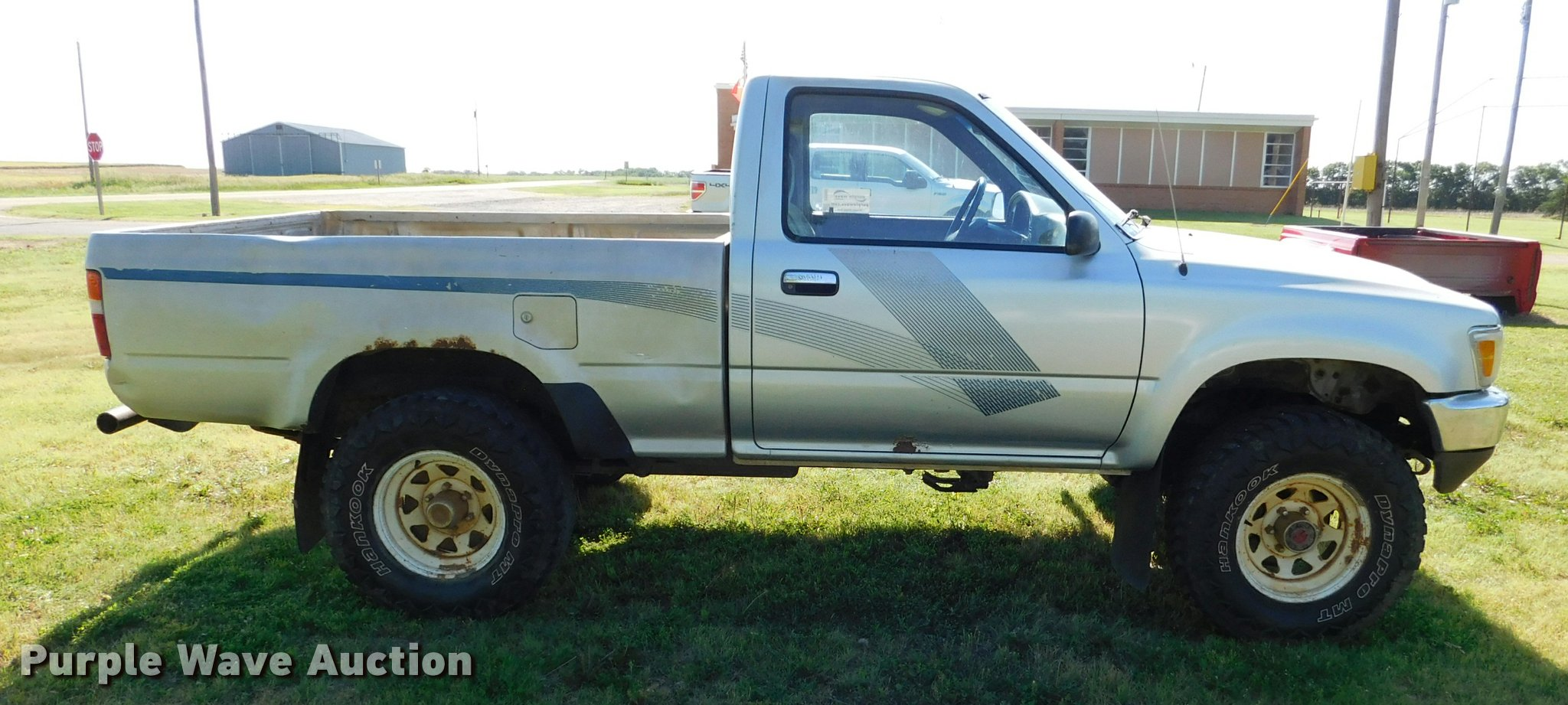 1989 Toyota pickup truck | Item DB9480 | SOLD! July 5 Vehicl