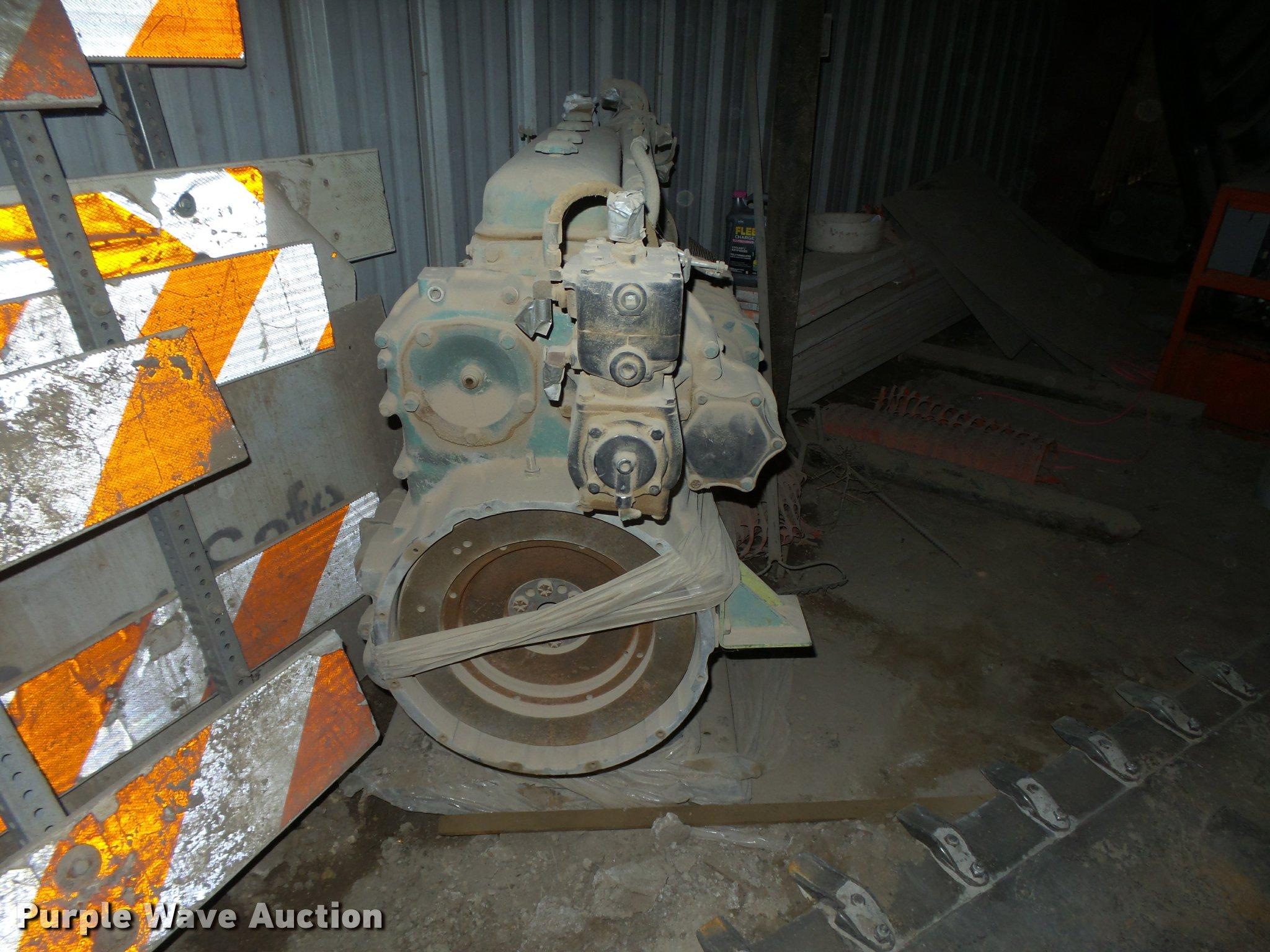 Detroit Diesel 6-71 six cylinder diesel engine | Item DE9021