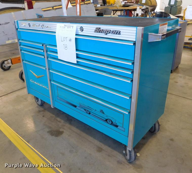 snap-on toolbox | item de9798 | sold! july 11 government auc...
