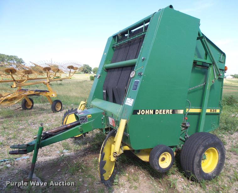 1989 John Deere 535 round baler | Item DA6458 | SOLD! July 1