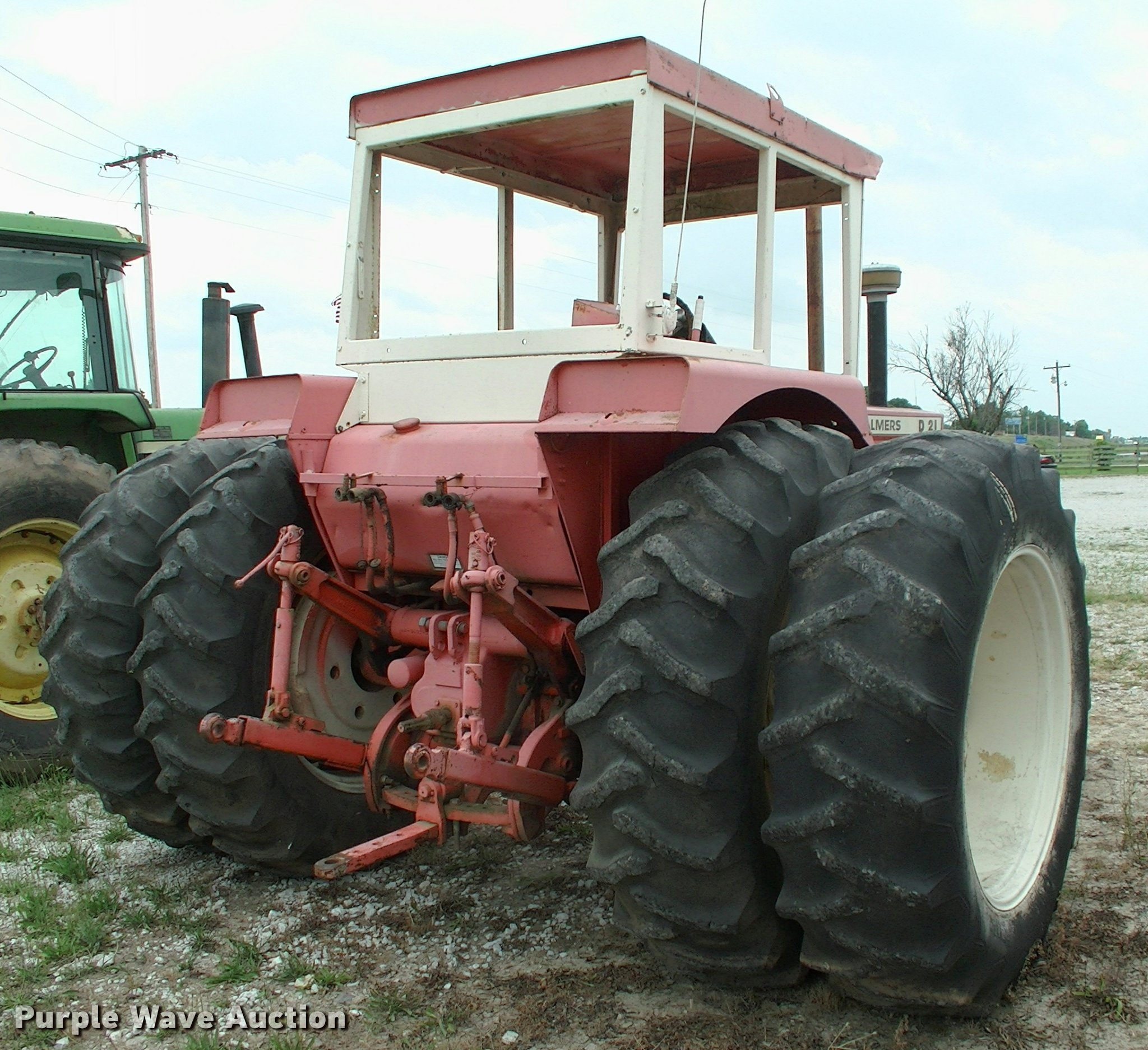 Allis Chalmers D21 tractor | Item DK9712 | SOLD! July 12 Ag