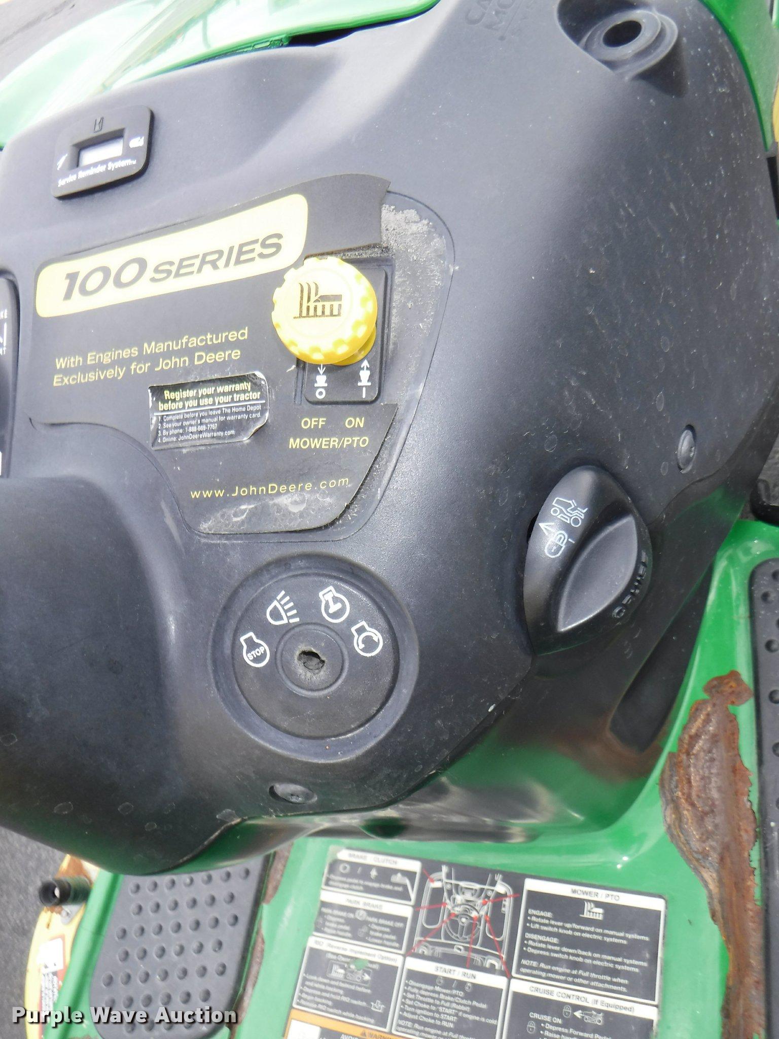 John Deere LA140 riding lawn mower Item BY9752