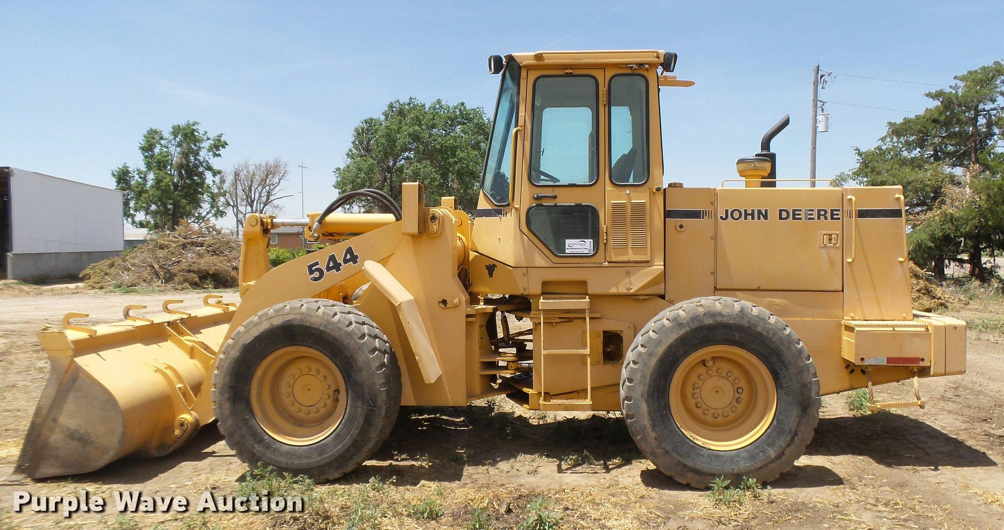 ... John Deere 544E wheel loader Full size in new window ...