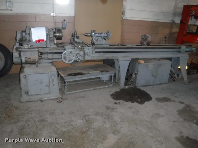 South Bend metal lathe | Item DL9505 | SOLD! August 8 Govern