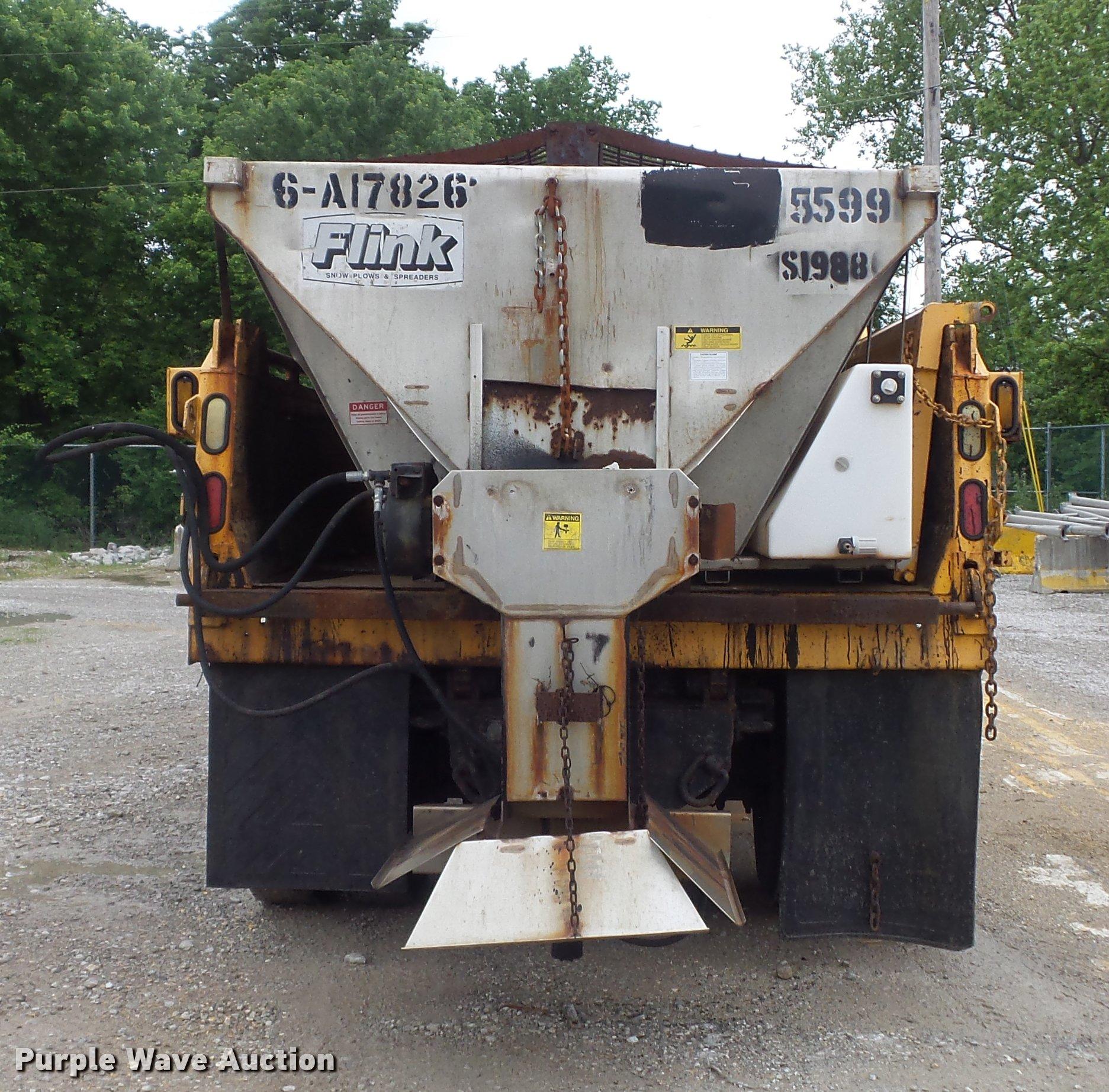 2002 International 4900 Crew Cab Dump Truck Item K7628 S Fuse Box Full Size In New Window