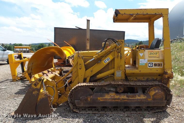 1974 Caterpillar 931 loader | Item DA1132 | SOLD! August 8 S