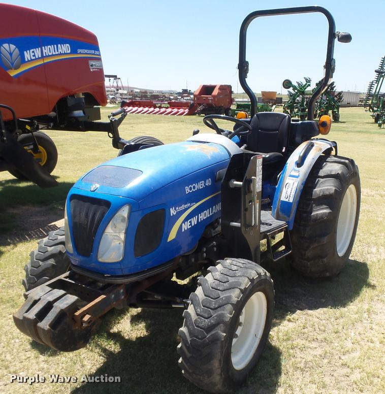 2012 New Holland Boomer 40 MFWD tractor | Item DB2724 | SOLD