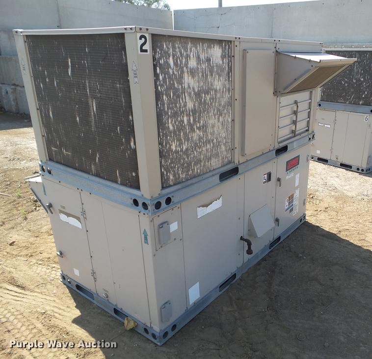 DH9365 Image For Item DH9365 (4) Lennox L Series Roof Top AC Units