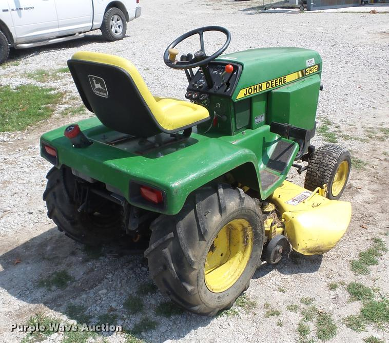 John Deere 332 >> John Deere 332 Lawn Mower Item K6433 Sold August 30 Veh