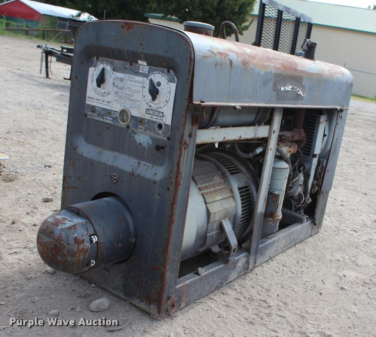 Lincoln SA-200-F-163 arc welder | Item L3186 | SOLD! August