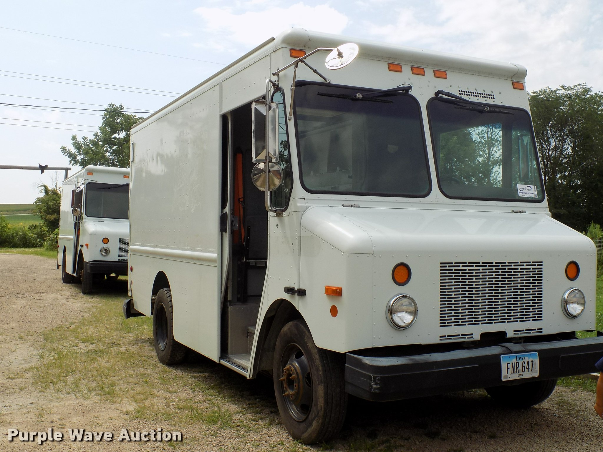 2003 Workhorse P42 delivery truck | Item DC4948 | SOLD! Augu