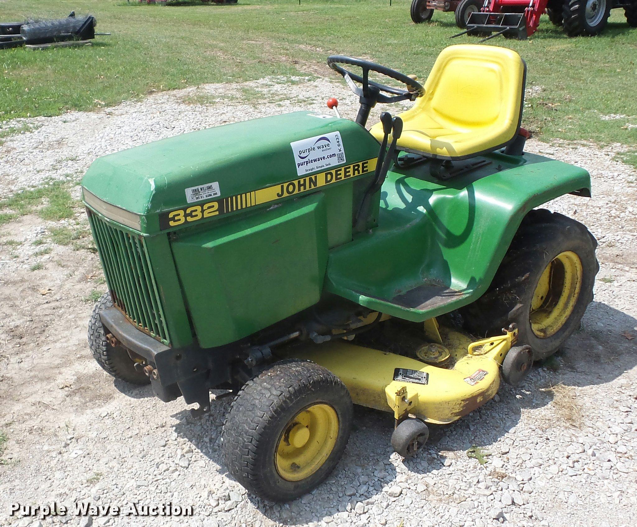 John Deere 332 >> John Deere 332 Lawn Mower Item K6433 Sold August 30 Veh
