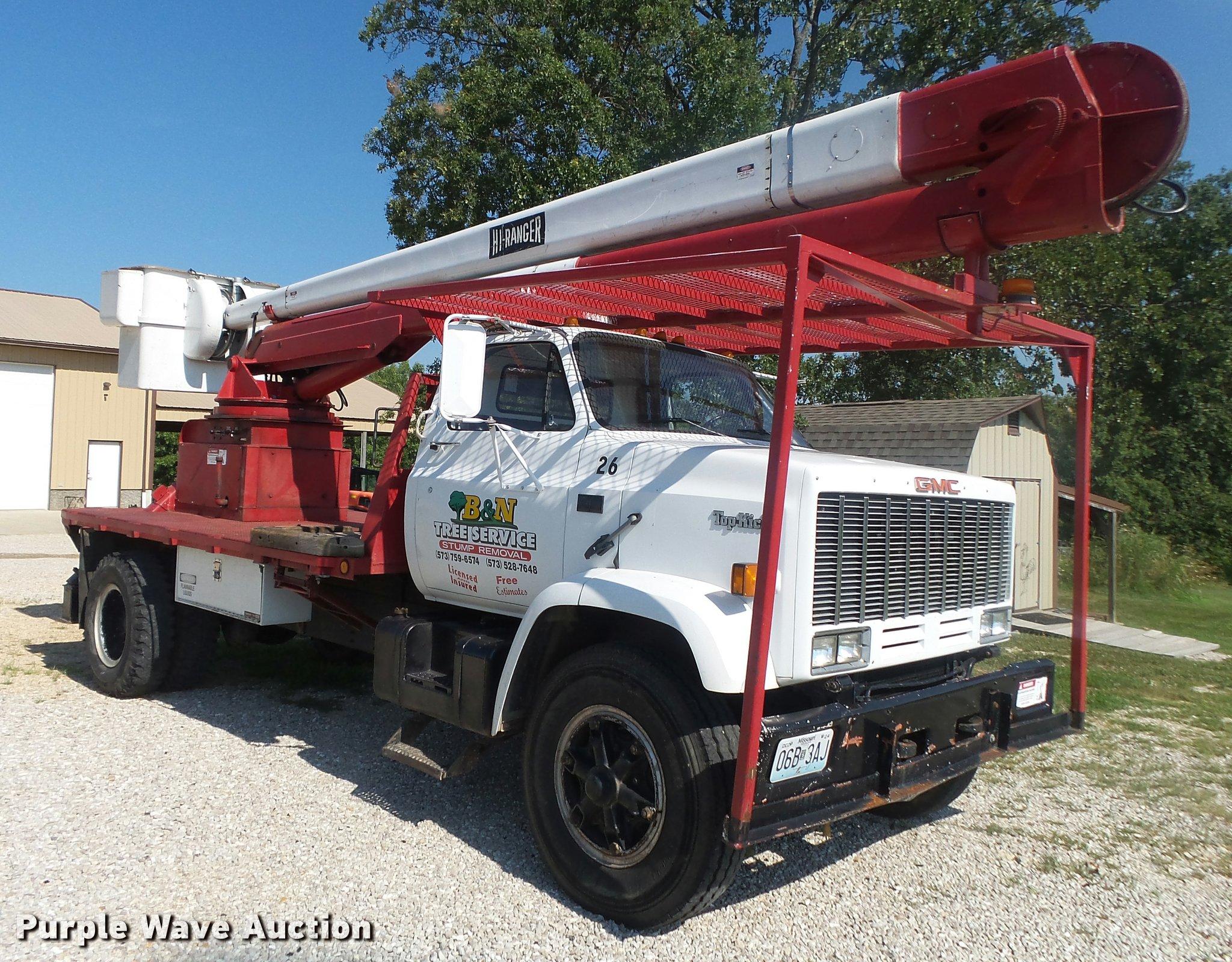 ... GMC TopKick 7000 bucket truck Full size in new window ...