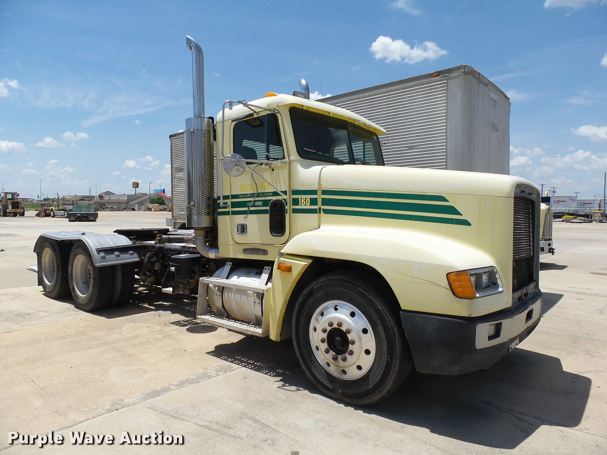 DB4074 Image For Item 1996 Freightliner FLD