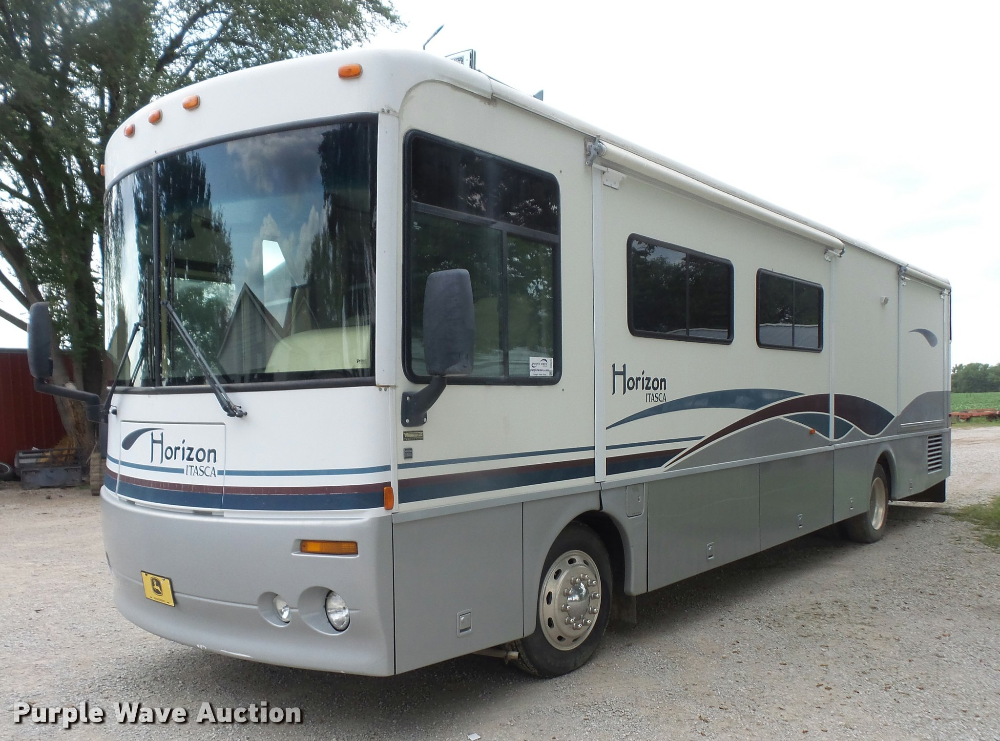 2001 Winnebago Itasca Horizon RV | Item DC5474 | SOLD! Septe