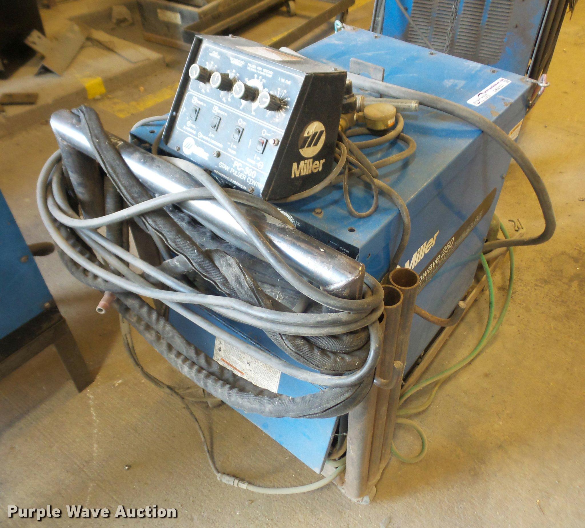 Miller Syncrowave 250 AC/DC arc welder | Item DK9333 | SOLD!