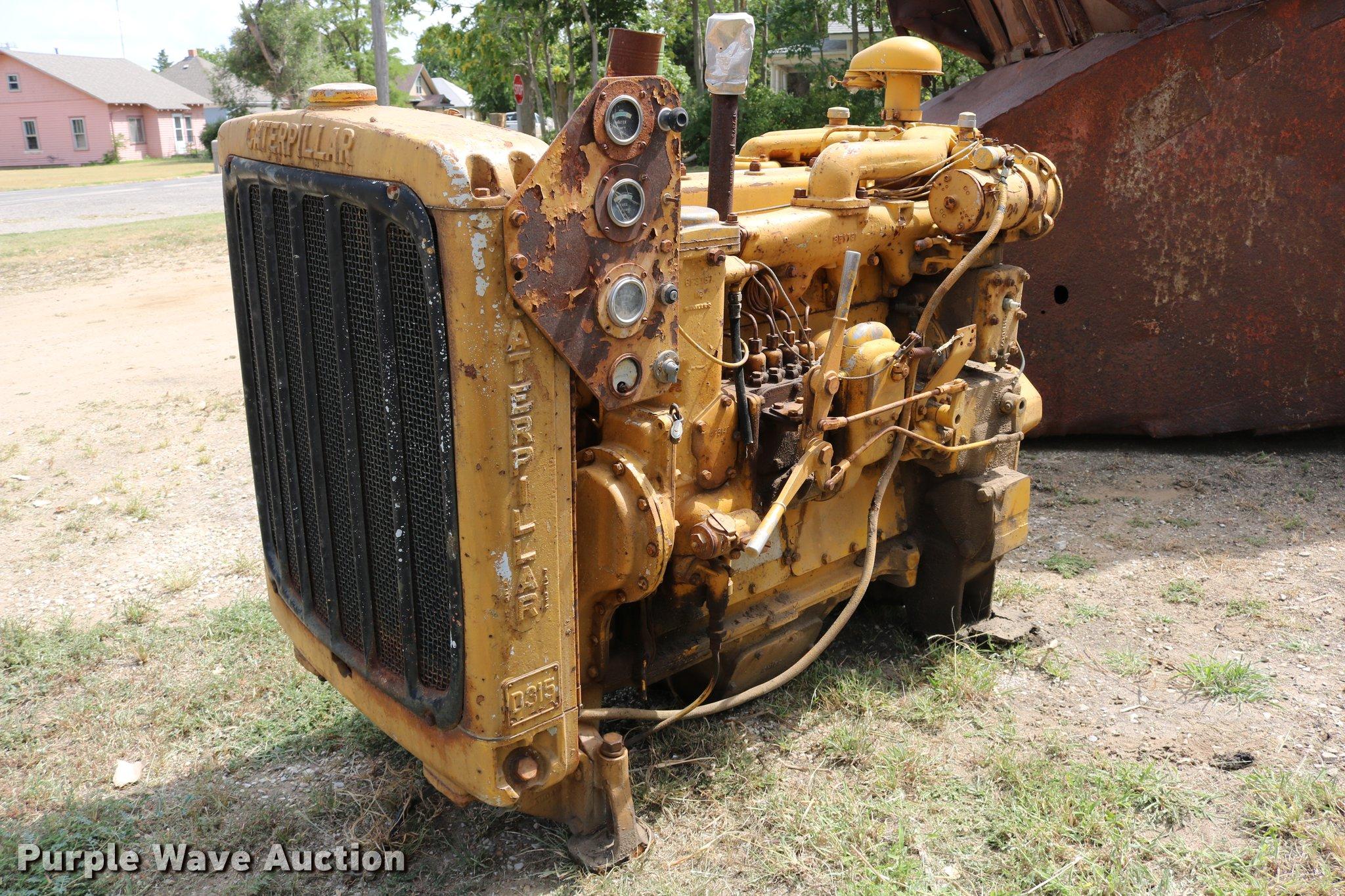 Caterpillar D315 four cylinder diesel engine | Item DM9295 |