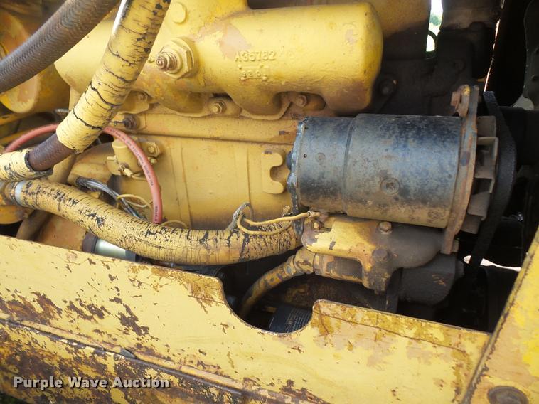 1973 Case 450 Dozer Item DC5492 SOLD September 14 Const