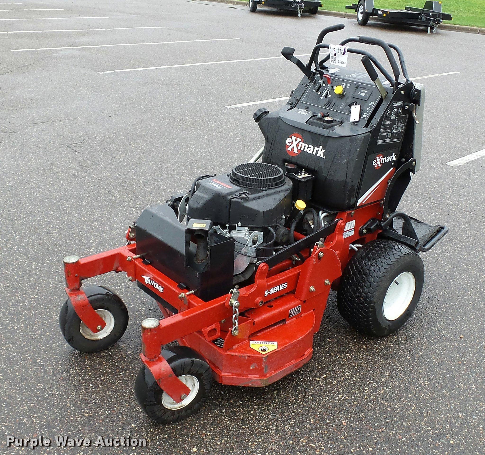 Exmark Vantage Riding Lawn Mower Item Dc2704 9 19 2017