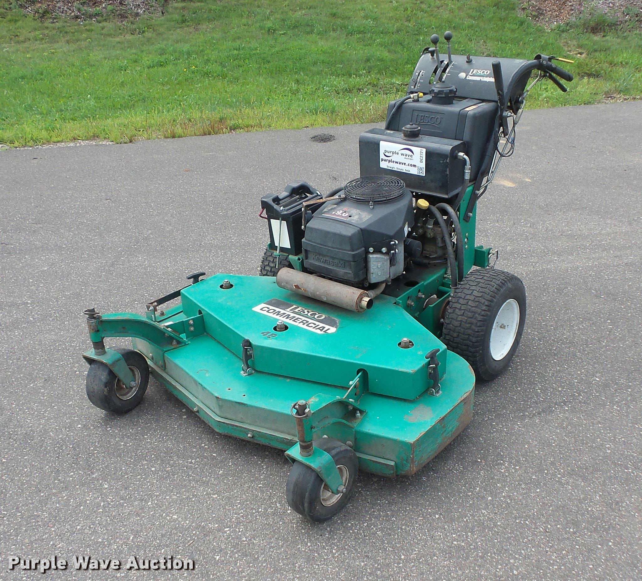 DC2721 image for item DC2721 Lesco Commercial Plus lawn mower
