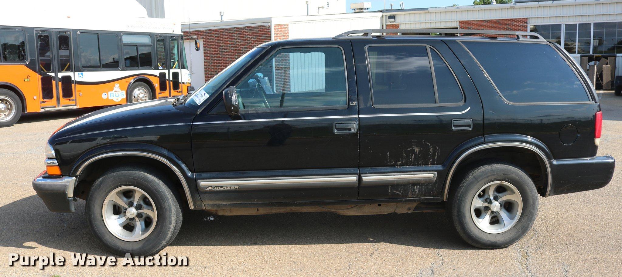 2000 Chevrolet S10 Blazer SUV | Item DA6857 | SOLD! Septembe...
