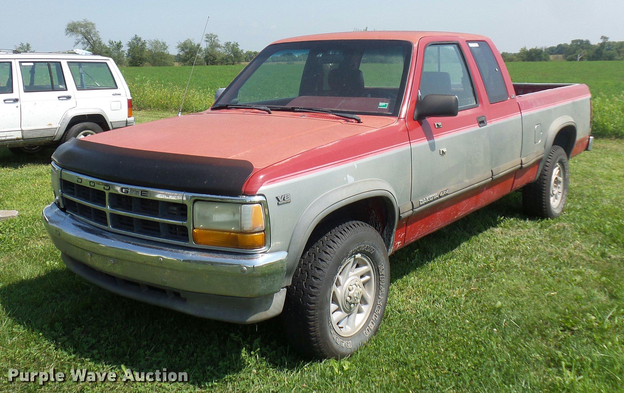 1991 dodge dakota club cab pickup truck in harrisonville mo item dp9206 sold purple wave 1991 dodge dakota club cab pickup truck
