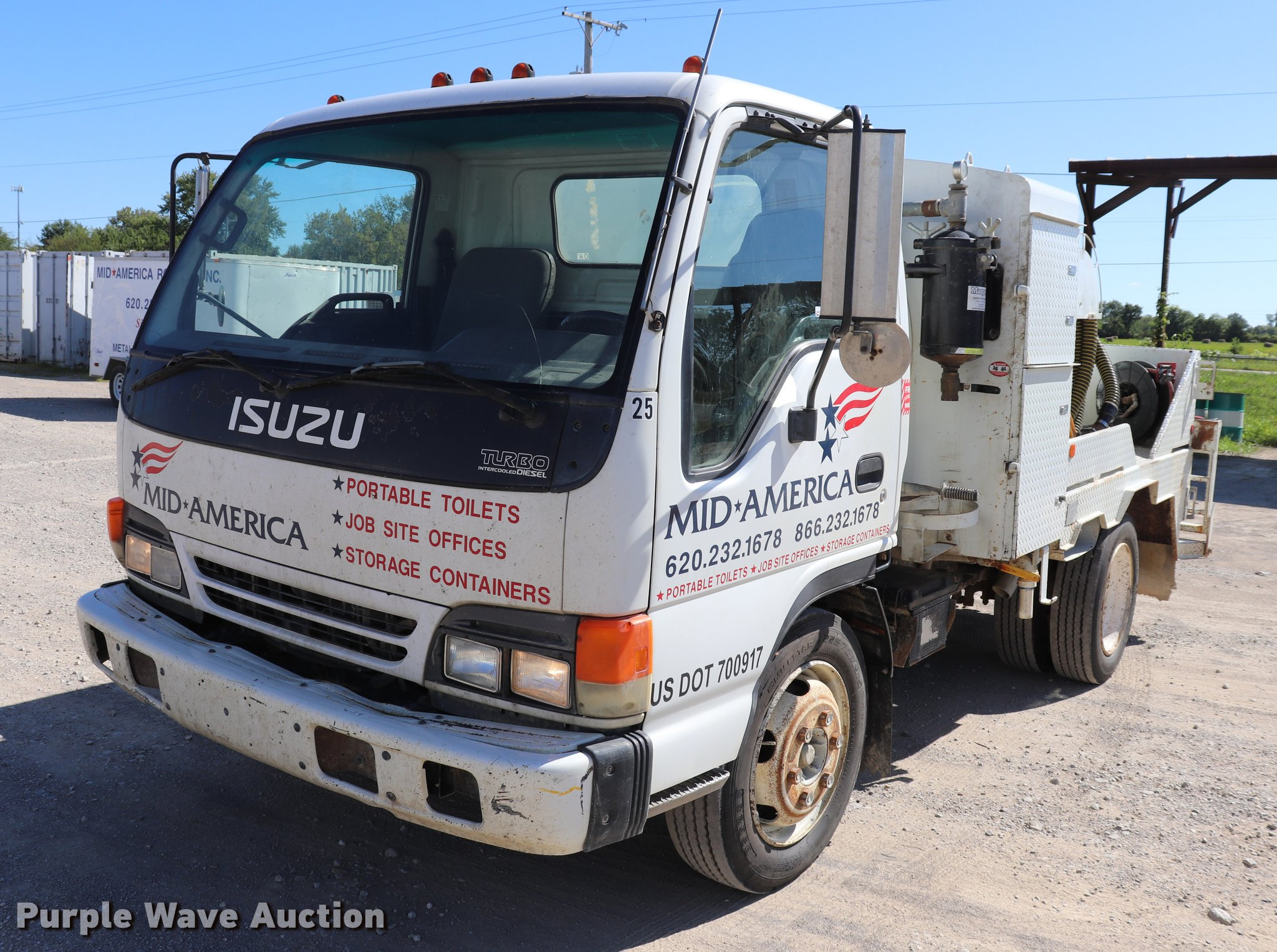 1999 Isuzu NPR vacuum truck | Item DQ9381 | SOLD! September